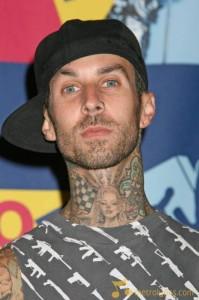 Blink-182 отменили концерты из-за операции Трэвиса