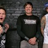 Blink 182 Mark Y Tom Hablando Español.
