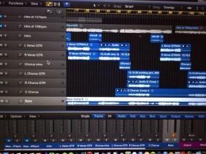 Blink-182 записали демо-версии песен для нового альбома